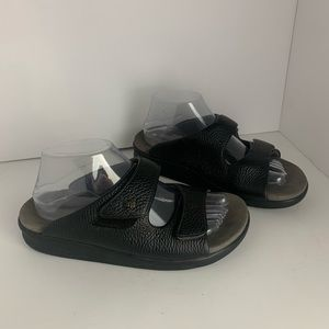 SAS Black Leather Sandals Wide